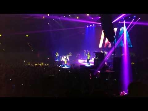 Marteria, Yasha & Miss Platnum - Lila Wolken (Live in Hamburg)