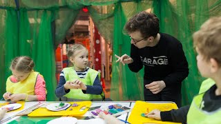 О программах Музея «Гараж» для глухих и слабослышащих посетителей. На жестовом языке с субтитрами