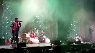 Pentatonix - Rockin Around the Christmas tree/Scott in the audience - Grand Prairie, TX 11/25/18