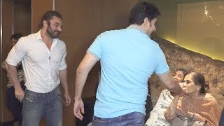 arbaaz Khan Shows Love And Respect Like Salman Khan To His Mother At Picture Patshala Event