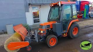 Traktorius Kubota ST-30, 30 AG su hidrauliškai sukama šluota