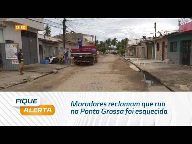 Moradores reclamam que rua na Ponta Grossa foi esquecida pelo poder público