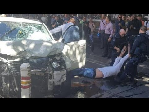 🚨SUV Plows Into Pedestrians in Melbourne, Australia - LIVE BREAKING NEWS  COVERAGE