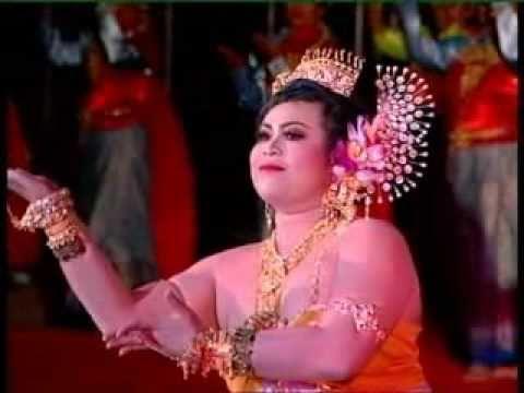 รำไทย-บุษบาเสี่ยงเทียน (Thai dance)