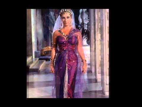 CLEOPATRA Costumes for Elizabeth Taylor -  Pinewood Studios