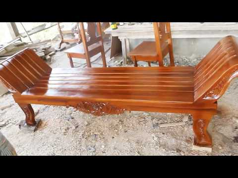 Wood Varnish Cleopatra Divan Chair
