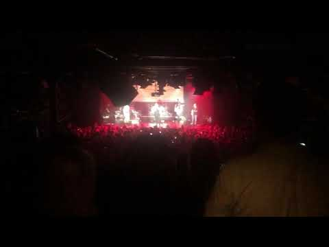 Luke Combs Performing Houston, We Got A Problem. (Live At Amsterdam Melkweg)