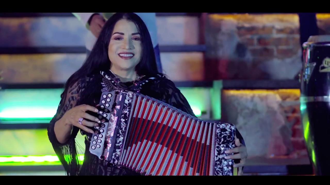 Maria Diaz - Se Fue Llorando (Video Oficial 2018) - YouTube
