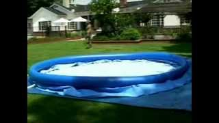 Видео инструкция по сборке Intex Easy Set(Видео инструкция по сборке круглого надувного бассейна Intex Easy Set Можно найти нас и наши товары : http://vk.com/allin..., 2012-03-22T09:11:15.000Z)