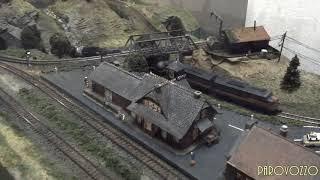 Железнодорожный макет PAROVOZZO - Товарняк(Компактная железная дорога PAROVOZZO Домашний макет железной дороги. Простой в управлении, лёгкий в эксплуатац..., 2015-01-21T03:08:22.000Z)