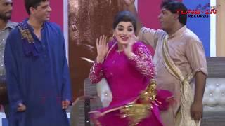 Yaar Tera Superstar Desi Kalakaar And Mola Nu Mola Na Mere Mola Nahi Marda || Funny Stage Drama Song