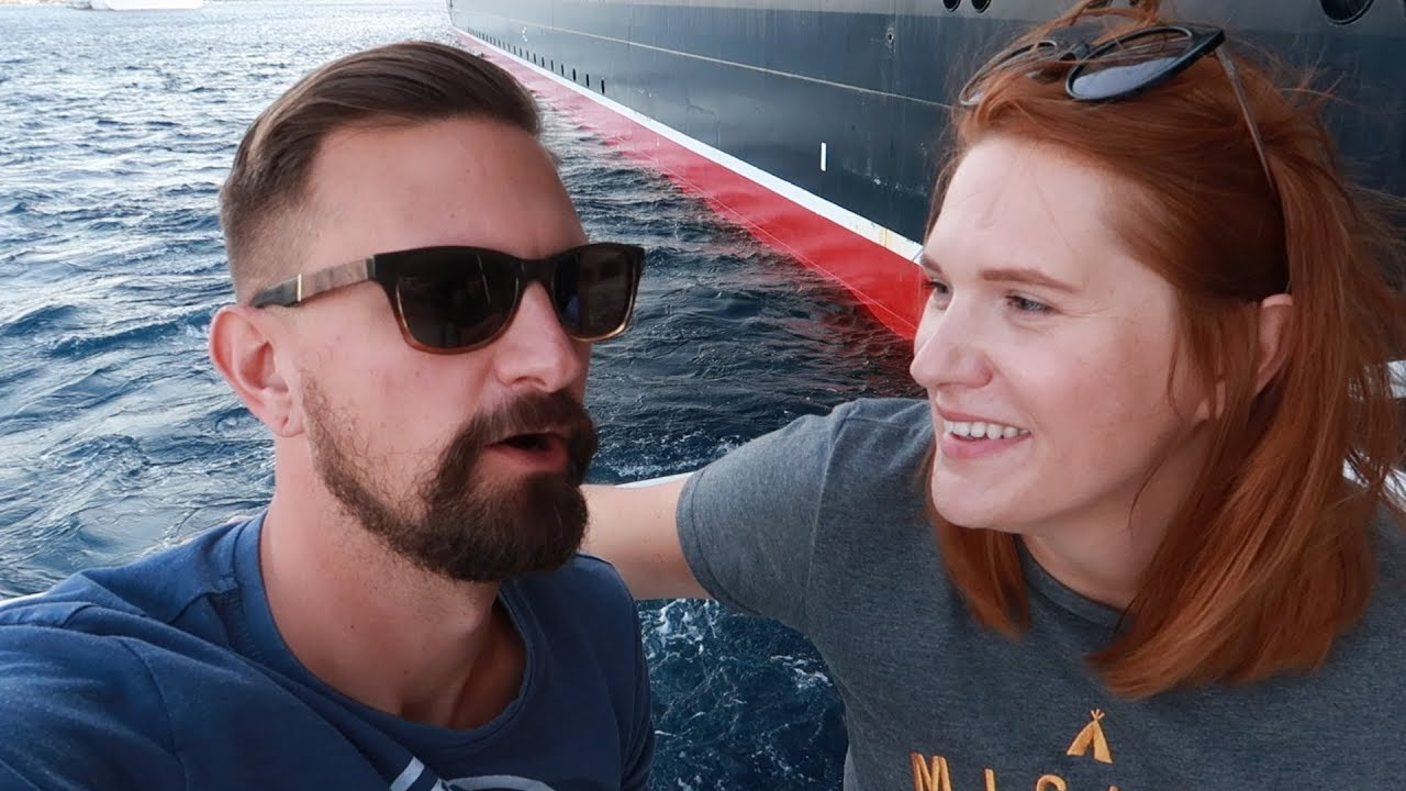 disney-cruise-week-princess-gathering-meeting-captain-marvel-grand-cayman-pirate-night