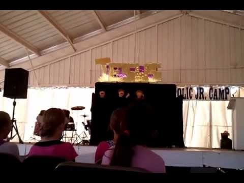 """""""How Great is Our God"""" Pentecostal Puppets"""