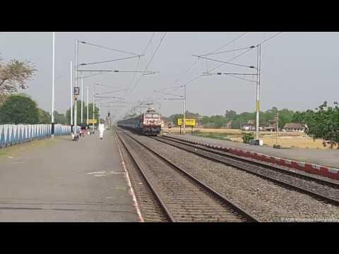 CNB WAP4 22314 with 13239 UP Patna Kota Express skipping Sakaldiha