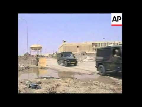 Dutch troops on patrol in southern Iraq