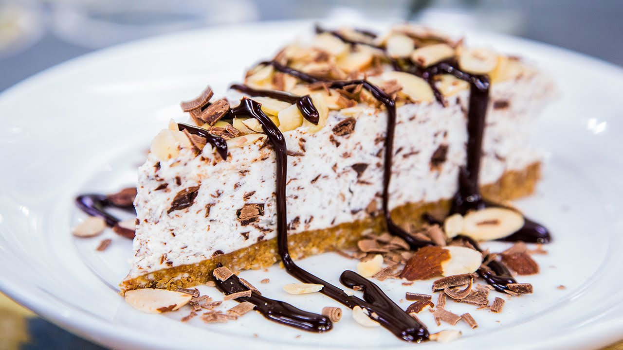Italian Amaretti Cake Recipe