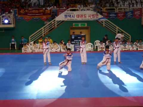 P1130620 Junior 1 Taekwondo Aerobics KTigers Hanmadang 2015