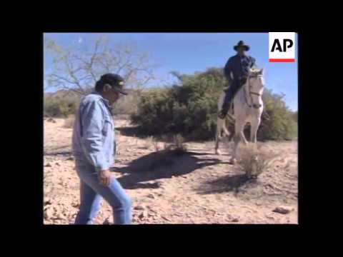 USA: US CUSTOMS RECRUIT NATIVE INDIAN TRACKERS IN DRUGS BATTLE