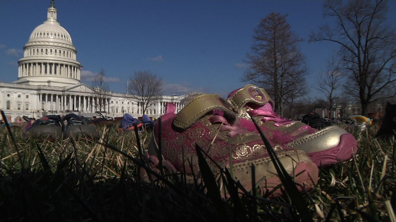 Sandy Hook shooting: Victims of gun violence commemorate 7th ...