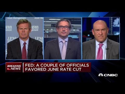 why-this-economist-believes-the-fed-doesn't-need-to-cut-rates-now