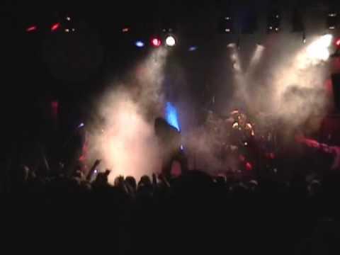 Trivium - Tread The Floods - Live in New York, NY, USA (2006)