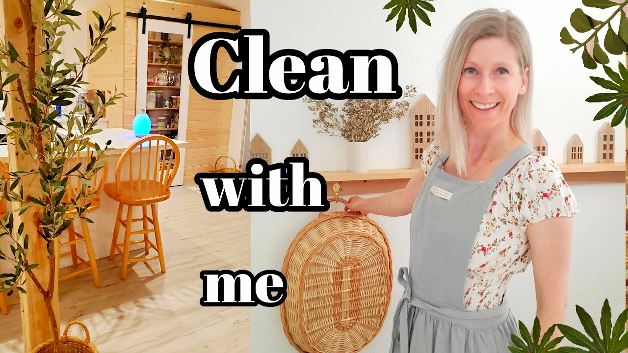 EVENING CLEANING ISPIRATION WITH NATURAL HOME MADE CLEANERS- SCANDISH HOME CLEAN WITH ME