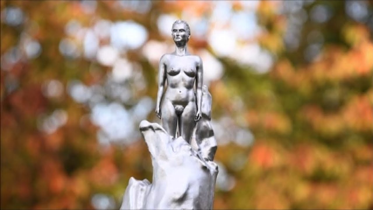 Mary Wollstonecraft nuda? Londra divisa su statua alla femminista - YouTube