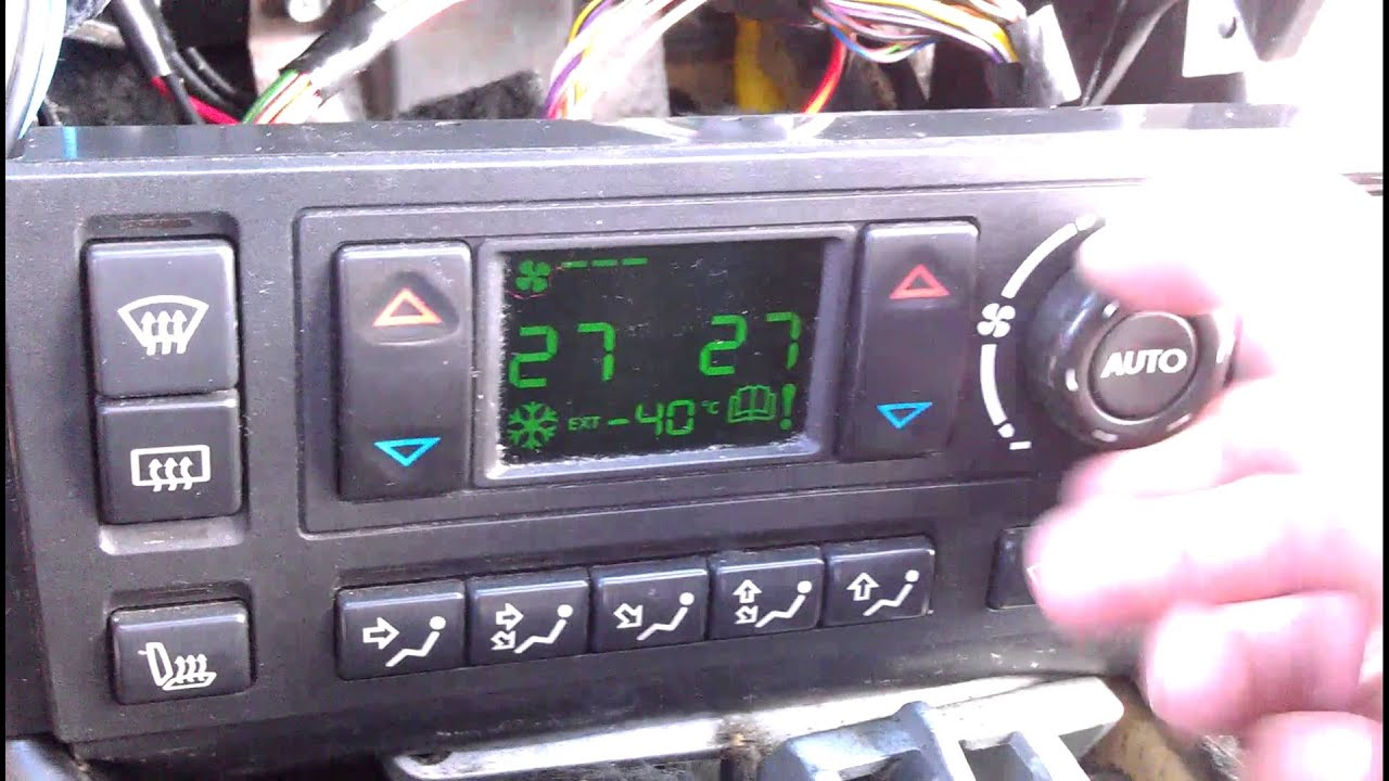 maxresdefault p38 hevac control unit failure youtube p38 fuse box repair at creativeand.co