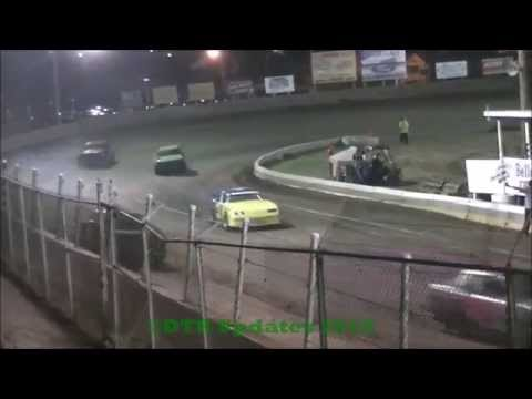 UMP Pure Stock Feature | Belle-Clair Speedway | 4.17.15