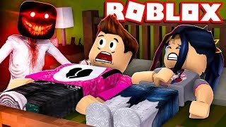 😱 WE GO TOGETHER TO A HOTEL AND SALE MAL! - ROBLOX CAMPING