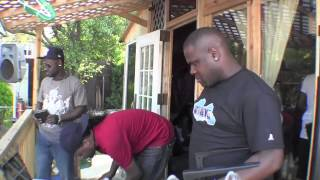 TRINI WOMAN COOK ON SPOT BY HUSH LOUNGE BEZO DROP IT LOW 2013  TOUCH-UP TV HD VIDEOS