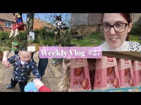 Weekly Vlog #27 - Dog Sitting, Scarecrow Hunt, Easter Egg Shopping & Noah's Egg Hunt