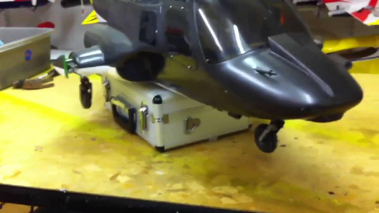 Vario Airwolf large Rc helicopter working retracts