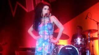 Amy Winehouse - Rehab (Rio de Janeiro 11/01/2011)