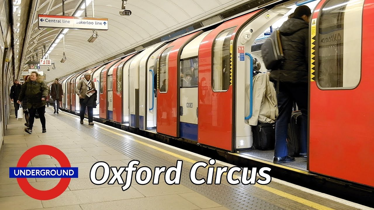 London Underground Christmas Crowds At Oxford Circus Station