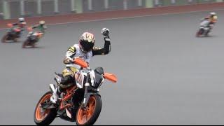 ロードレース出身のオートレーサーと現役全日本ロードレーサーが戦う「...
