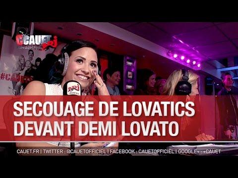 Secouage de Lovatics devant Demi Lovato - C'Cauet sur NRJ
