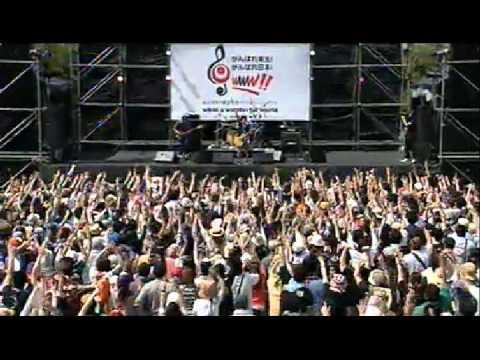 サンボマスター『世界はそれを愛と呼ぶんだ』チャリティーコンサート