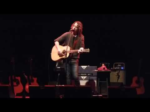 Chris Cornell - One acoustic (U2 Cover with Metallica Lyrics)
