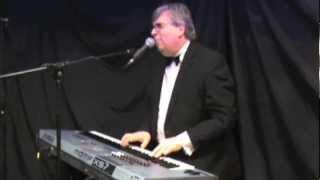 Dave Cottle lounge Lizzard - Solo Piano/Voice
