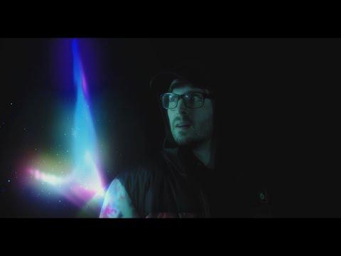 Смотреть клип Chris Webby - We Alright