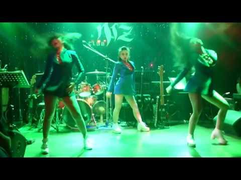 Nhóm nhảy Sexy dance áo vest cởi áo 0982626262