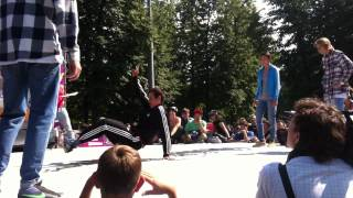 Mass Effect vs . . . . . (FreeStyle Session Russia 2012 in Moscow)