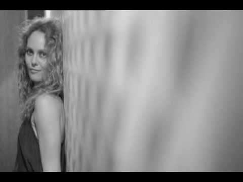Vanessa Paradis - When I say (Une Nuit à Versailles)