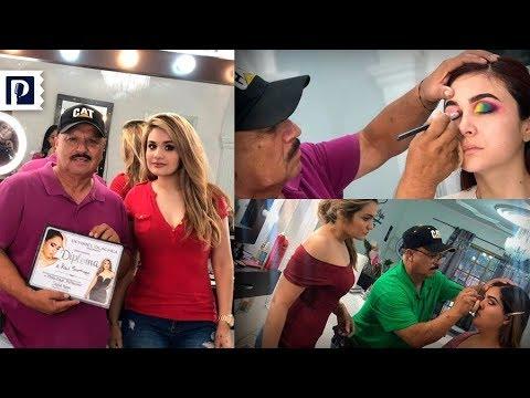 A sus 60 años, don Raúl termina curso de maquillaje en estética de Caborca, Sonora