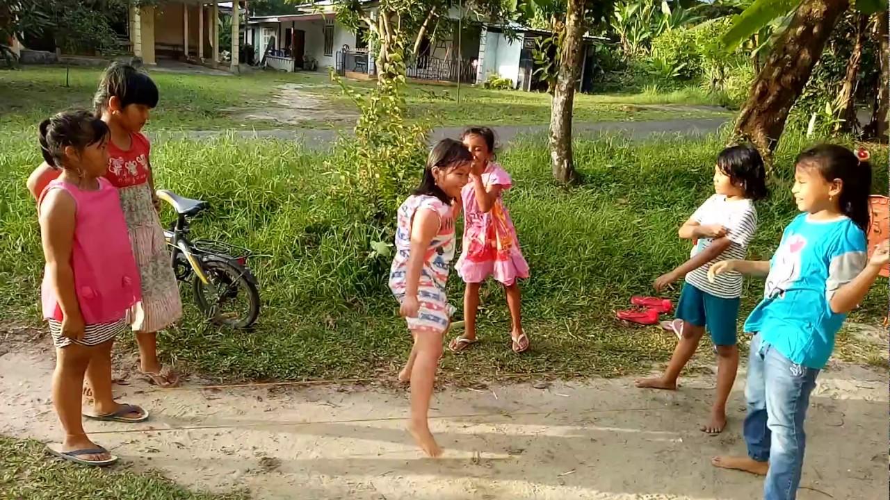 Permainan Anak Tradisional Lompat Tali Karet 1 Youtube