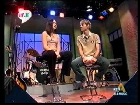Michelle Branch - All you wanted & Interview @ AllMusic (Italy, 2002).avi