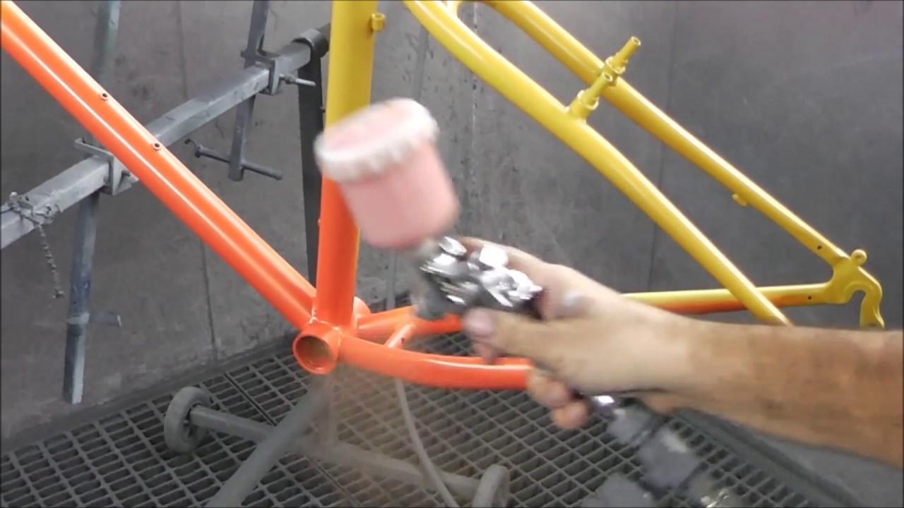 Pintado completo de bicicleta a 2 colores en tricapa. - YouTube