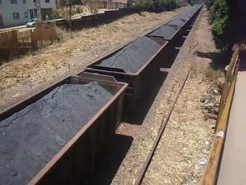 Resultado de imagem para vagão de trem carregado de minerio
