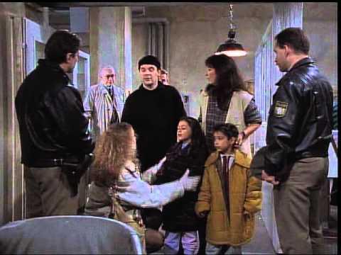 L'ispettore Derrick - Ragazza al chiaro di luna (Mädchen im Mondlicht) - 259/95